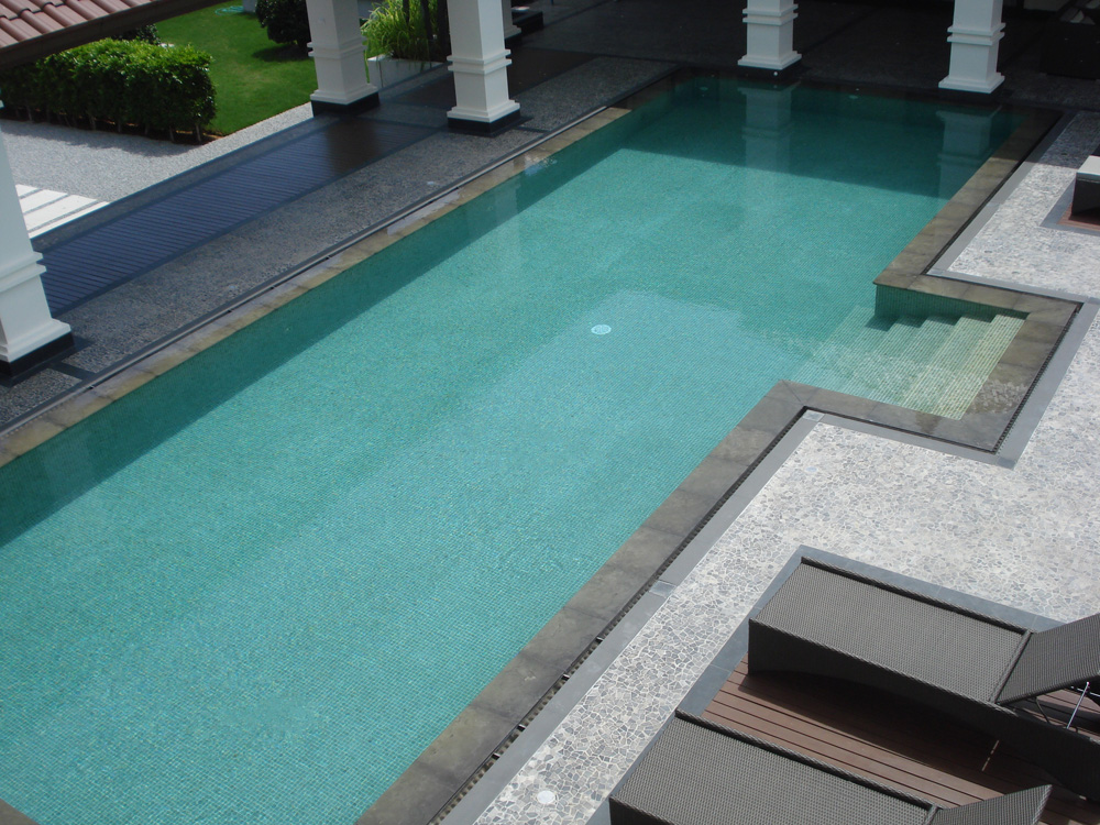 Swimming pool tiles hin saeng nakorn co ltd for Swimming pool tile pictures
